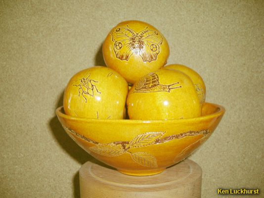 Sgraffito Bowl of Apples